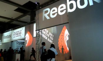 Projections pour Reebok foire de fitness