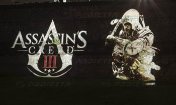 Lucca Comics projection des logos de Assassin's Creed