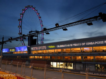 Singapour 2017 projecteurs pour le grand prix de Formule 1