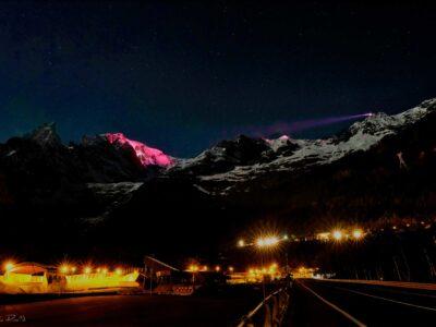 Proiezioni sul Monte Bianco da più di 1000 m